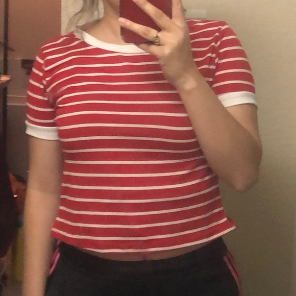 Tops - Red and white striped crop top
